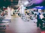 Funkcjonalny trening fizyczny z fachowym trenerem personalnym